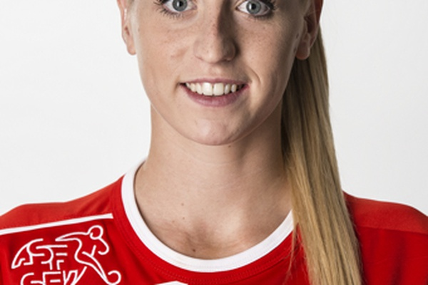 Nina Stapelfeldt Joins FC Zurich Ladies